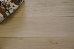 Select Engineered Oak Brushed Unfinished 20/6mm By 192mm By 2350mm
