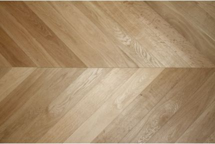 Prime Engineered Oak Chevron Brushed Unfinished 18/5mm By 90mm By 850mm