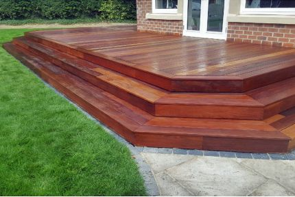 Ipe Hardwood Decking Boards Using Hidden Fixing 21mm By 140mm By 3960-4270mm