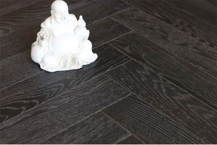 Natural Engineered Oak Herringbone Dark Paloma UV Oiled 15/4mm By 90mm By 630mm