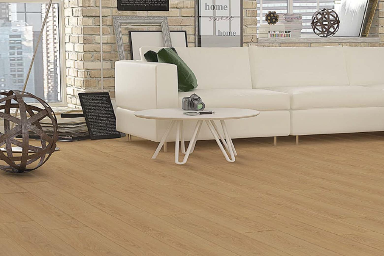 Peking Natural Oak Laminate Flooring 8mm By 197mm By 1205mm