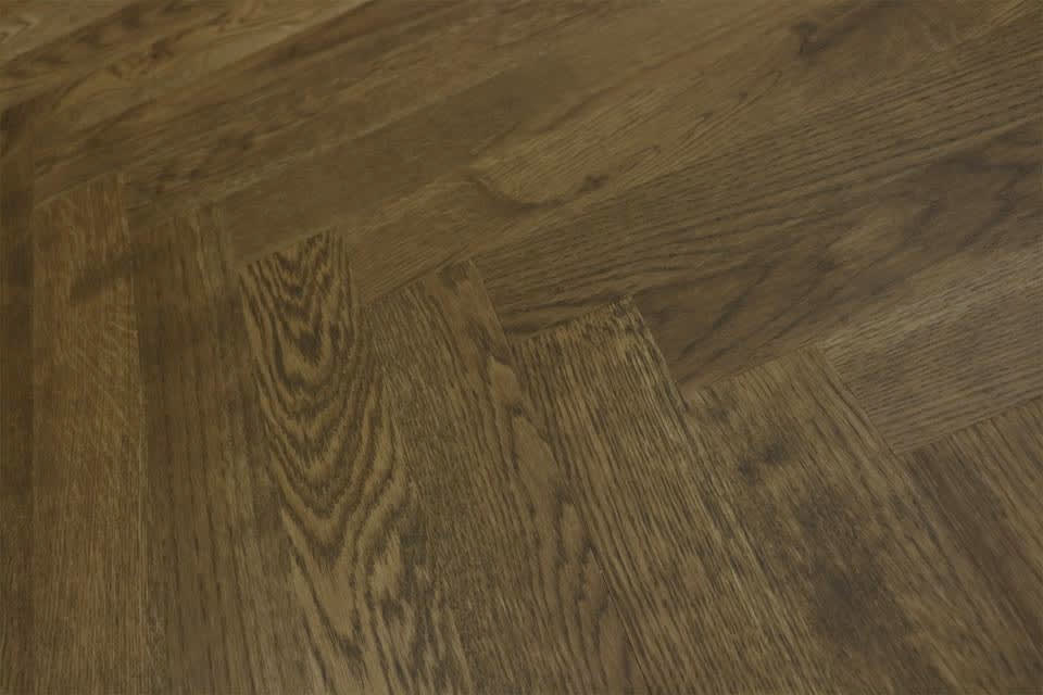 Natural Engineered Flooring Oak Herringbone Cognac Uv