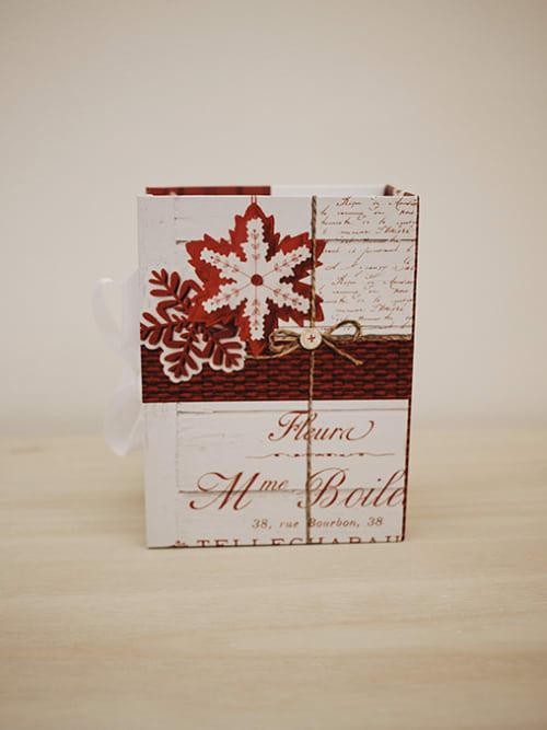 Scatola natalizia in cartone