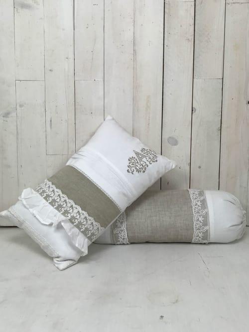 Set di Cuscini Shabby Chic - Un cuscino rettangolare e un cuscino caramella