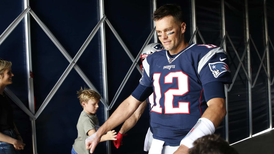 sports shoes e5803 8dfa4 Tom Brady: Breaking News, Rumors & Highlights | Yardbarker