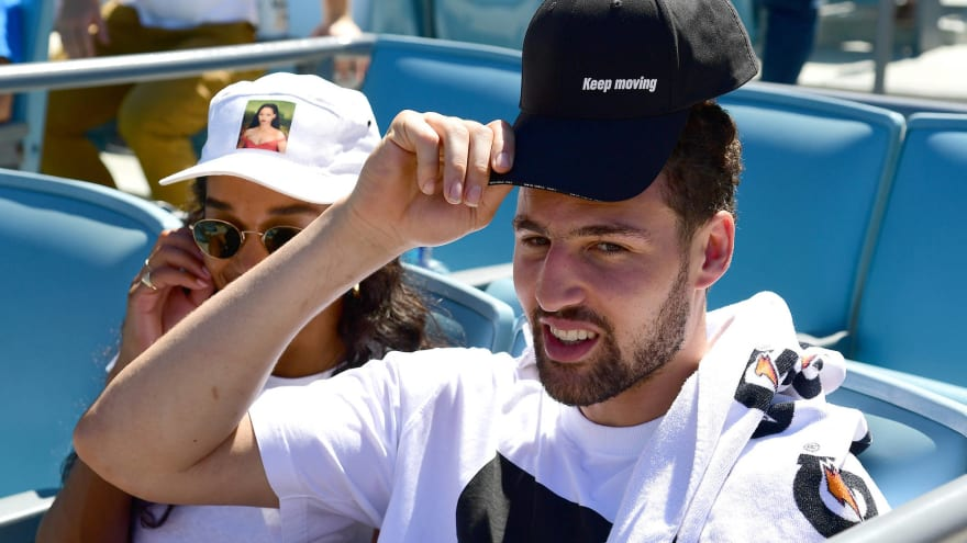 Klay Thompson, girlfriend Laura Harrier groove at Cubs game