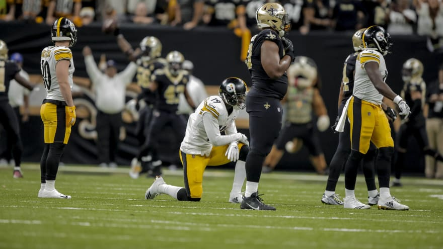 5d40d7a3e73 JuJu Smith-Schuster breaks down in tears after losing key fumble ...