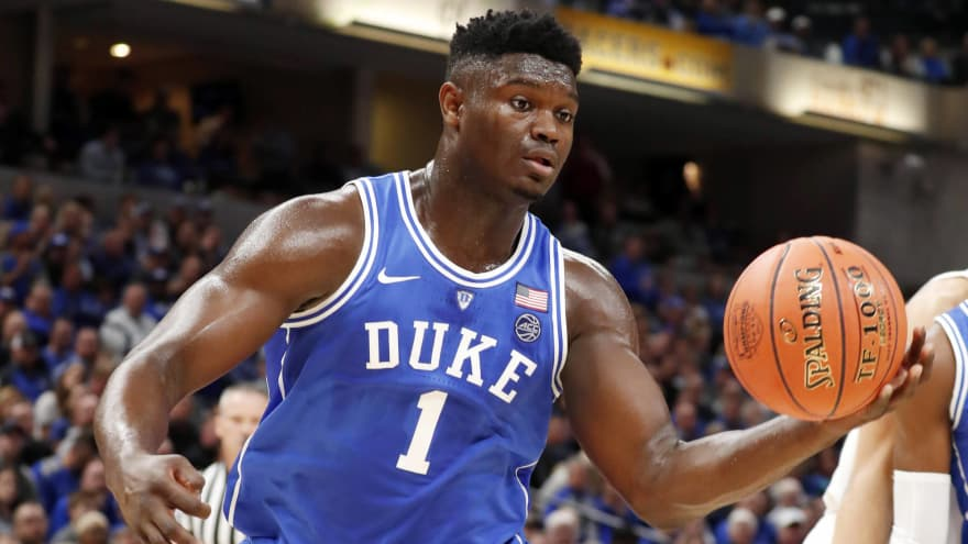 Watch: Zion Williamson throws down windmill dunk after steal