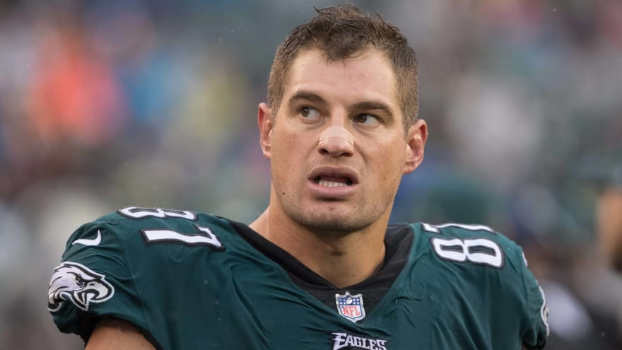 86606c6480d Former Eagle Brent Celek would rather retire than play for Cowboys ...