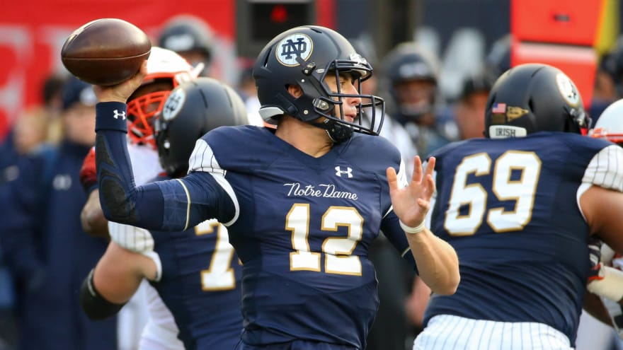 e527f5615 Twitter rips Notre Dame s ugly Yankees-inspired uniforms ...