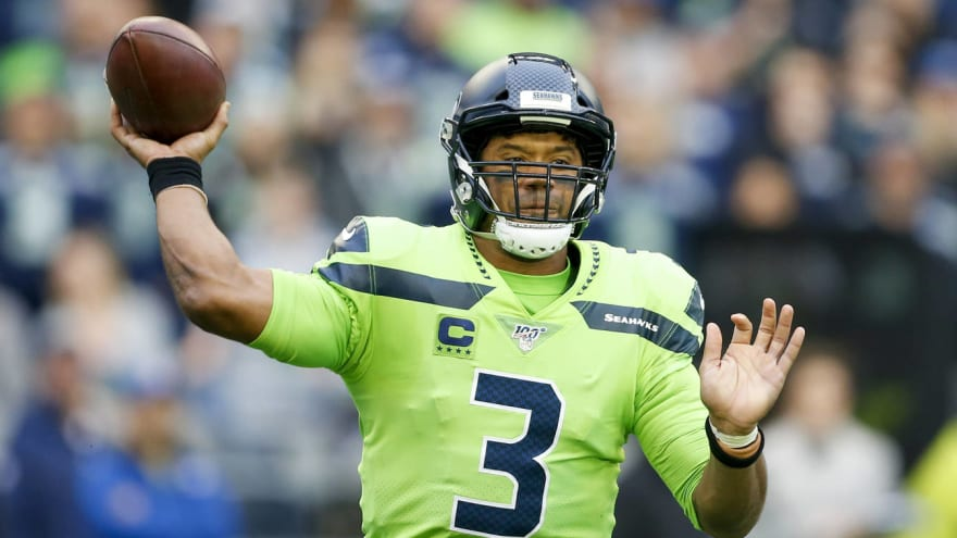 Watch Seahawks Russell Wilson Connects With Tyler Lockett