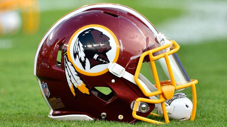 Watch: Redskins fans stream out of FedEx Field at halftime
