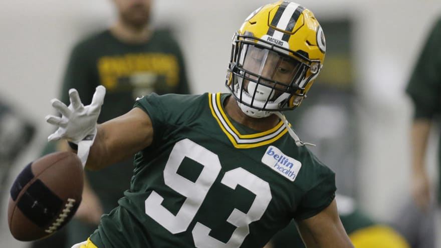 the latest 5a703 936a9 Report: Packers trade LB Reggie Gilbert to the Titans ...