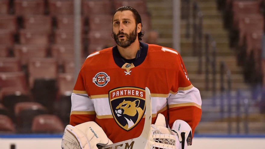 Roberto Luongo Retiring As One Of Nhl S Best Goaltenders Of All Time