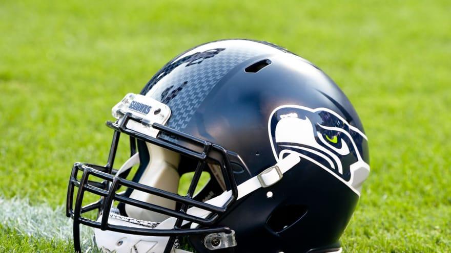 Twitter Has Fun With Seahawks New Logo Yardbarker