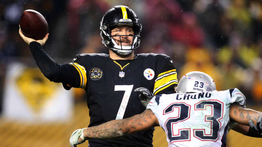 Dec 17 2017 Pittsburgh PA USA Steelers Quarterback Ben Roethlisberger 7 Passes Against Pressure Rom New England Patriots Strong Safety