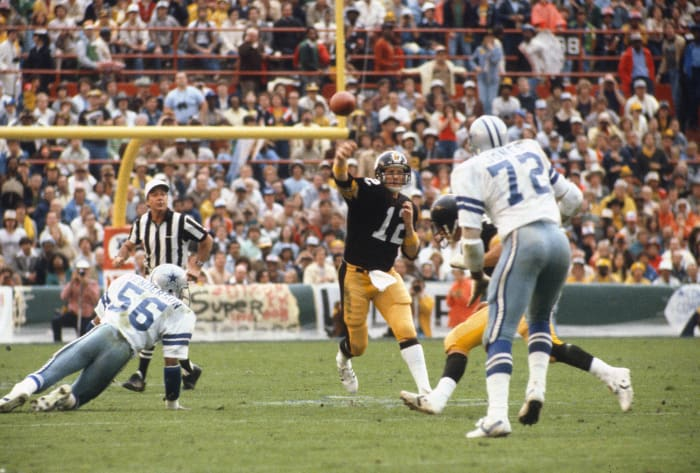 Super Bowl XIII: Terry Bradshaw, Pittsburgh Steelers, and Roger Staubach, Dallas Cowboys