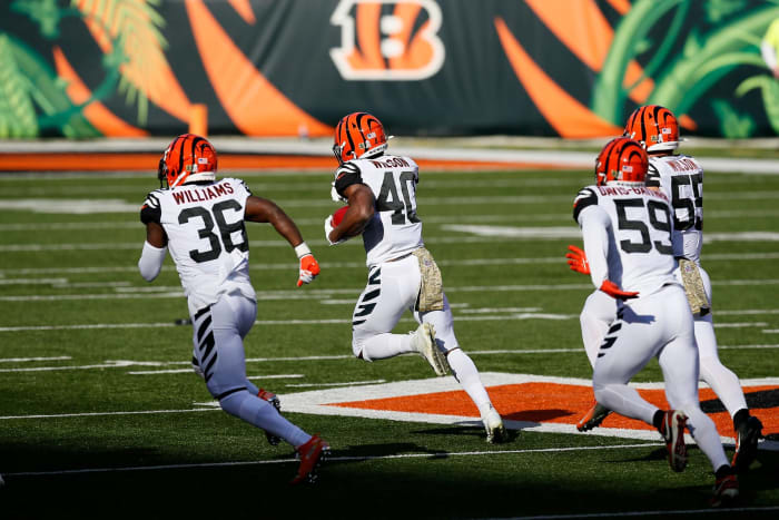 Bengals special teams nearly enables victory theft