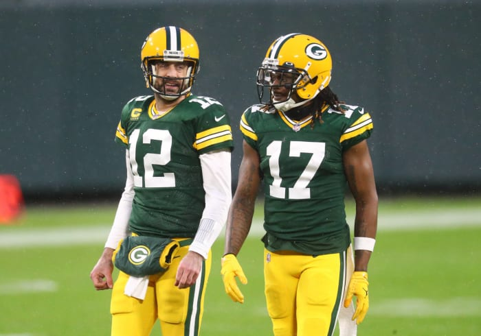 Green Bay: Will Aaron Rodgers finally get a shiny new weapon?