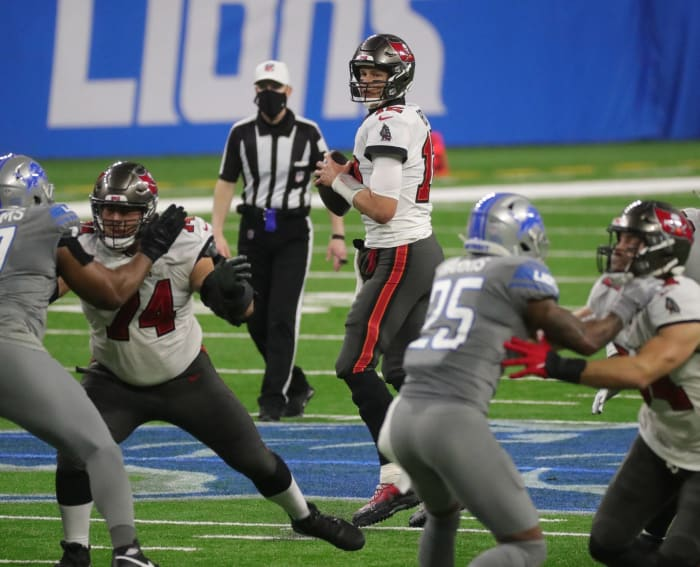 Buccaneers on course for friendly playoff matchup