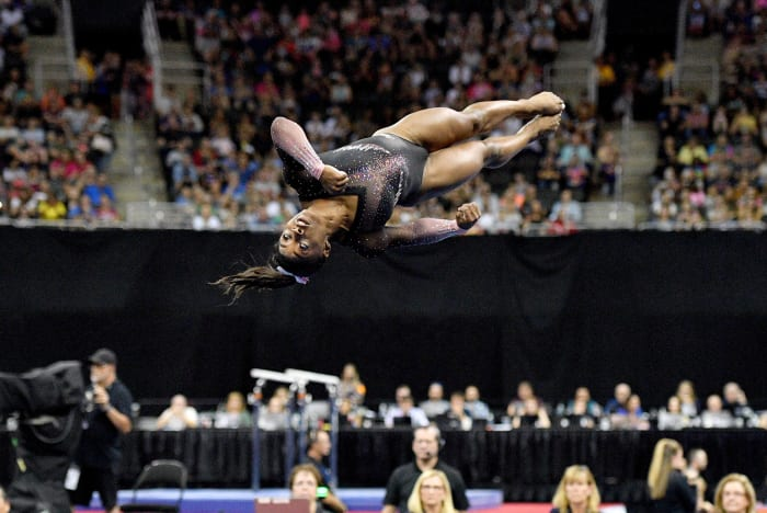 Biles dominates World Championships - Top Sports Moments of 2019