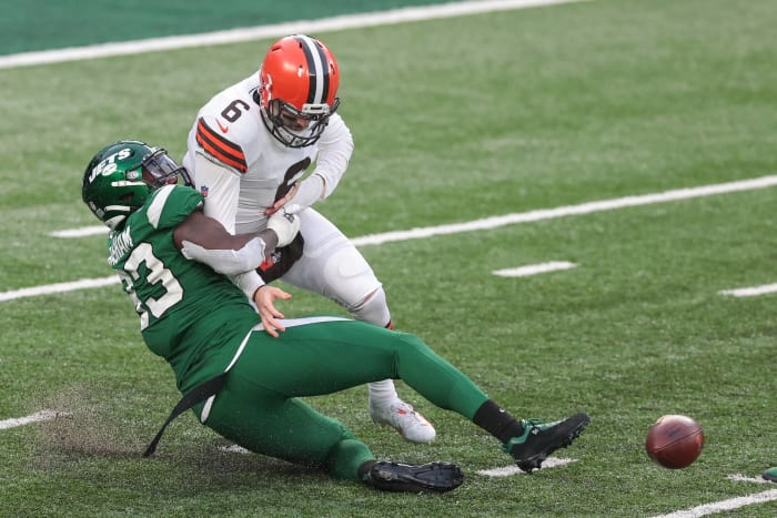 Browns unable to overcome challenging circumstances
