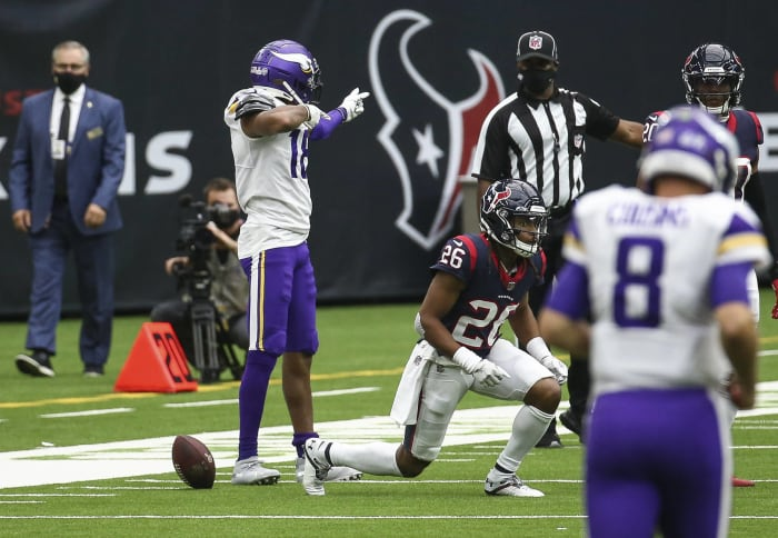 As defense stumbles, Texans are almost out of time