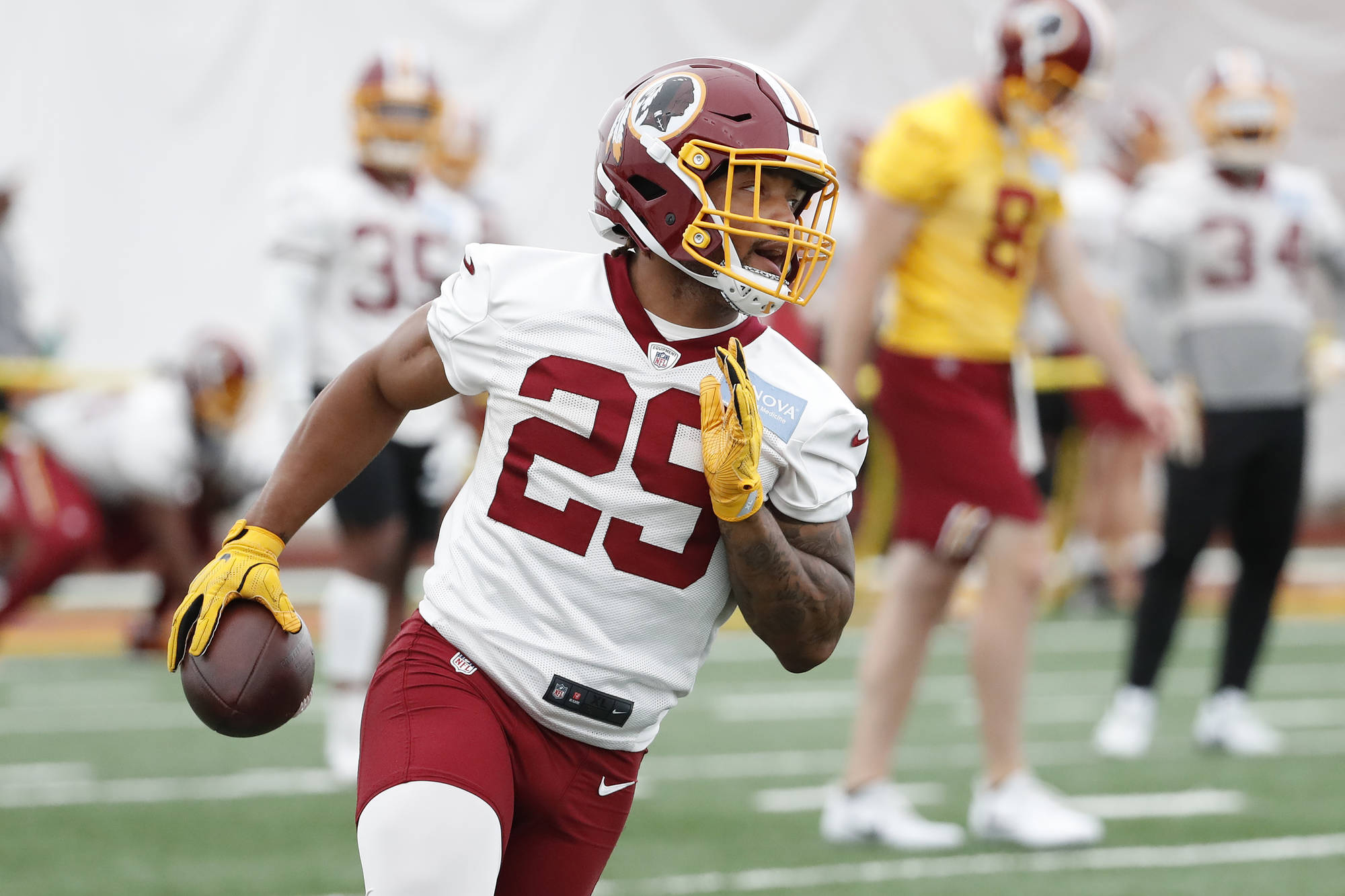 Upbeat Derrius Guice shares post-surgery pic with fans